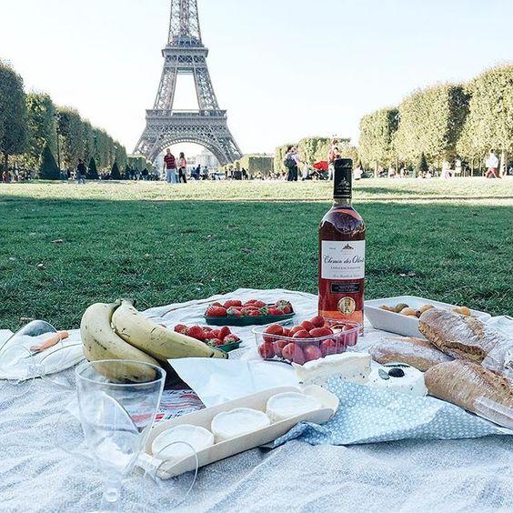 明信片說愛的故事:法國.巴黎.艾菲爾士塔