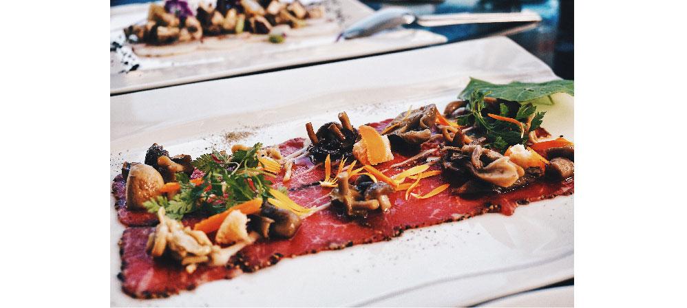 台北 天母 陽光 玻璃屋 義式餐廳 IL MERCATO 許瑋甯 蘑菇生牛肉薄片