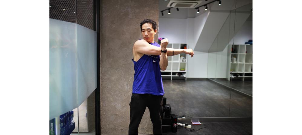健身 自拍 健身房 JK JKFITBOX fitnes