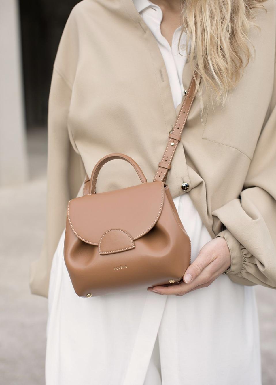 巴黎小眾品牌手袋 Polene,設計美學與皮革經驗兼容的家族品牌NUMBER ONE