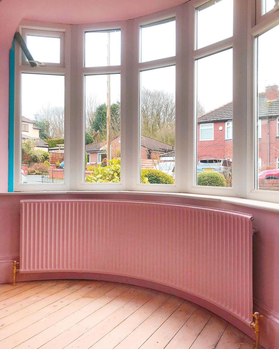 英國夫妻動手把1930年的老房子翻新,全屋「撞色風」煥然一新!
